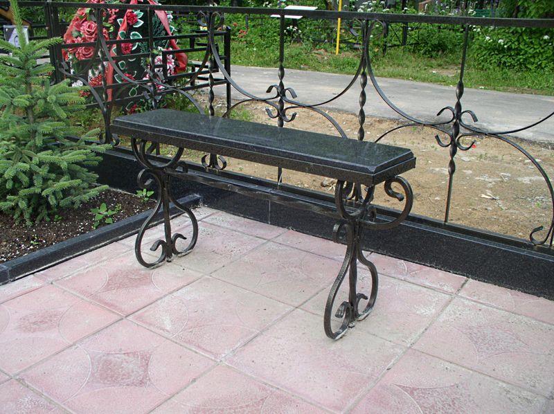 образцы скамеек и столов на кладбище - фото 5